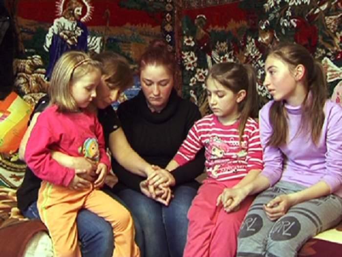VIDEO / Dramă teribilă pentru o familie din Vaslui!  Patru fete şi mama lor au fugit de acasă ca să scape din infernul tatălui alcoolic
