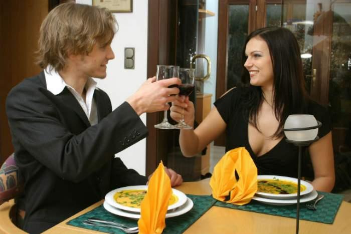 Vrei să-ţi surprinzi partenerul de Ziua Îndrăgostiţilor? Ce ţinută să alegi la întâlnirea romantică