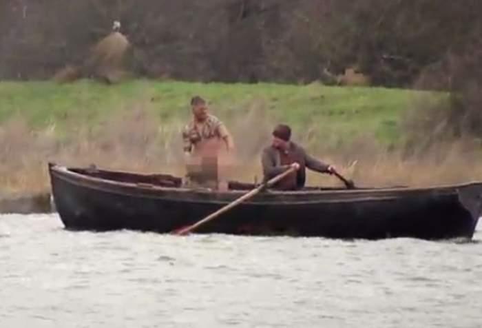 VIDEO / Imaginile pe care orice femeie își dorește să le vadă! Tom Hardy, filmat gol-pușcă într-o barcă