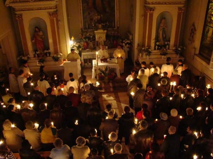 Paşte la catolici: Românii vor avea o zi liberă