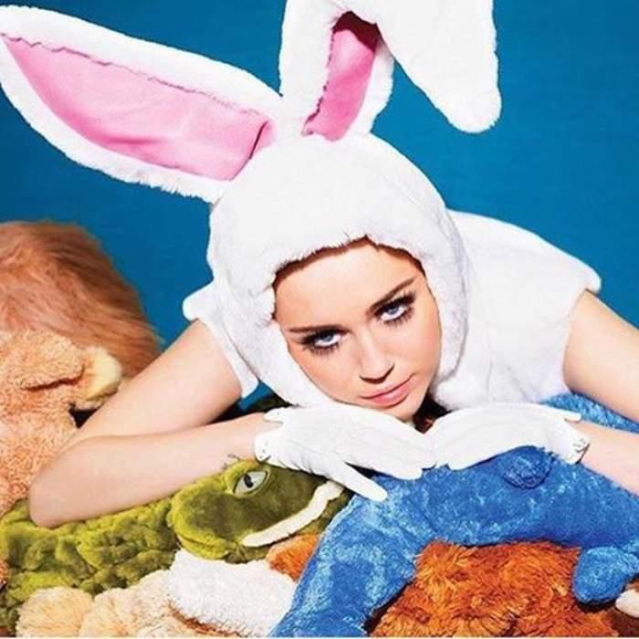 """VIDEO / Miley Cyrus a făcut senzație la un meci! Fanii și-au adus aminte de momentele în care juca în """"Hannah Montana"""""""