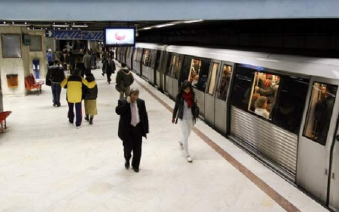 VIDEO / Panică între staţiile de metrou Aviatorilor-Pipera! Pasagerii au rămas blocaţi