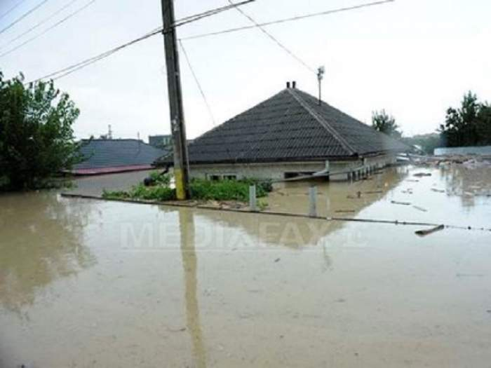 Cod galben şi portocaliu de inundaţii! Ce zone vor fi afectate