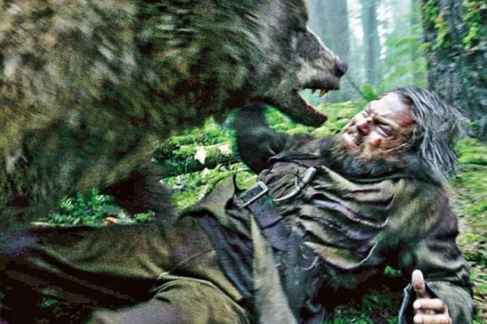 Personaj celebru, faţă în faţă cu un urs înfometat! Putea să se ia cu el la trântă, ca DiCaprio, însă a apelat la o tehnică mult mai eficientă