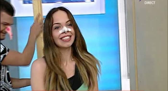A intrat întâi nasul, apoi ea! Barbie de România, luată la mişto în direct! DEMONSTRAŢIE AMUZANTĂ