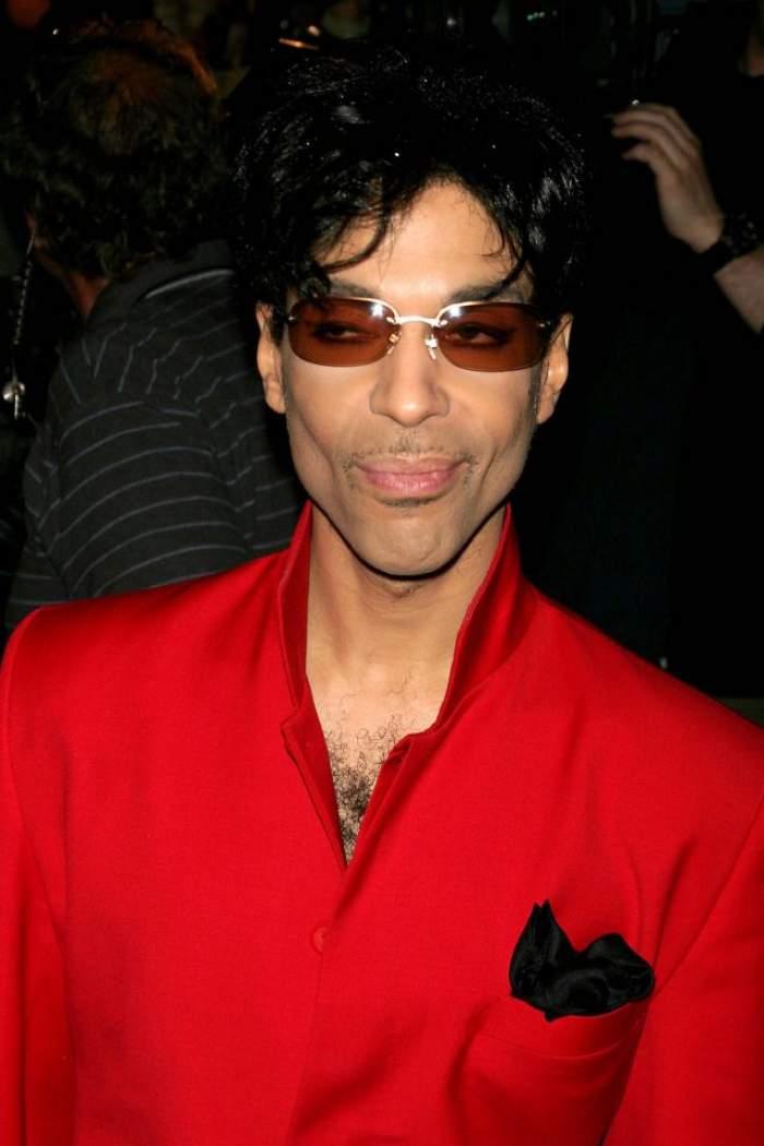 Noi detalii despre  moartea lui Prince. Ce lua artistul cu doar câteva zile înainte să moară