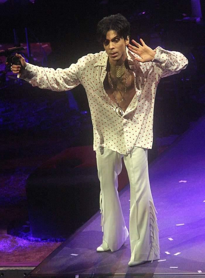 A plecat așa cum și-a dorit! Prince a avut parte de o ceremonie funerară neobișnuită pentru un superstar