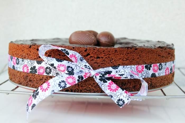 REŢETA ZILEI - VINERI: Pască în cuib de ciocolată, preferata Prinţesei Polonic