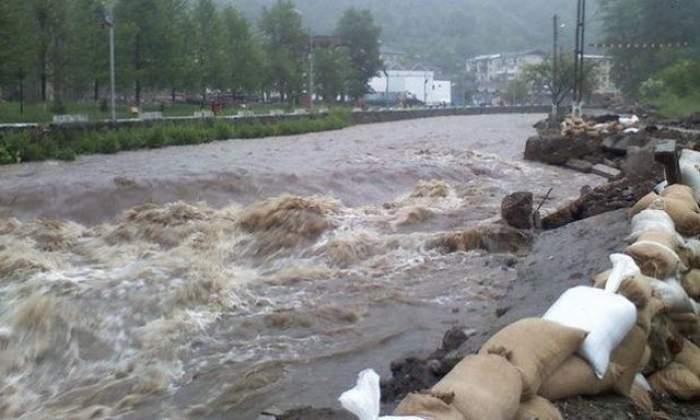 Inundații puternice în Pakistan. Peste 55 de oameni au murit