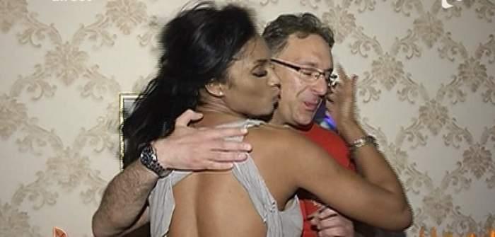 VIDEO / Laurette, apariţie irezistibil de sexy la petrecerea Adrianei Bahmuţeanu! N-a purtat sutien şi s-a lăsat pipăită de un bărbat