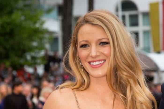 FOTO / Imaginile acestea au dat-o de gol că este însărcinată! Blake Lively, apariție de senzație la Cannes