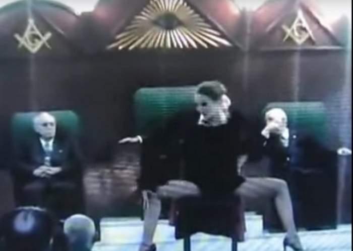 VIDEO / Nu mai e niciun secret! Ce se întâmplă, cu adevărat, în timpul unei ceremonii masonice. Imaginile fac senzaţie pe internet