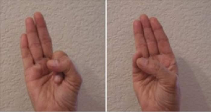 """Ţine-ţi mâinile aşa şi vei slăbi până vei întoarce toate capetele! Tehnica """"mudra"""" pe care toţi yoghinii o recomandă"""