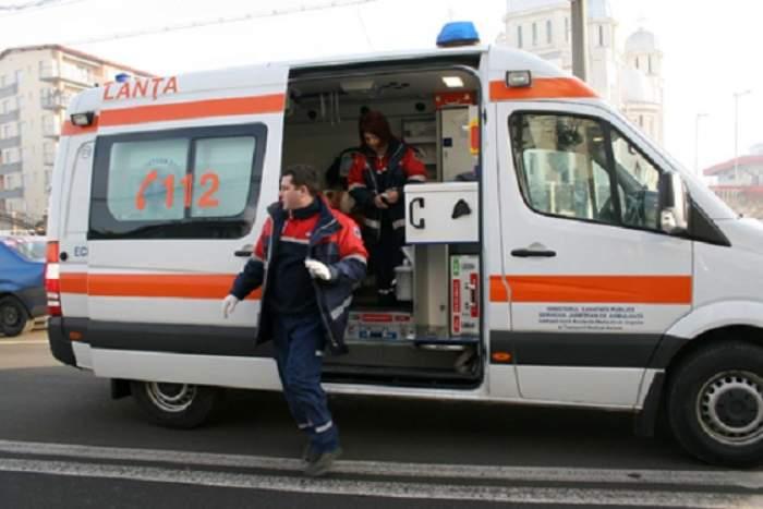 Contabila unei şcoli din Bucureşti a făcut infarct şi a murit, în timpul unei percheziţii