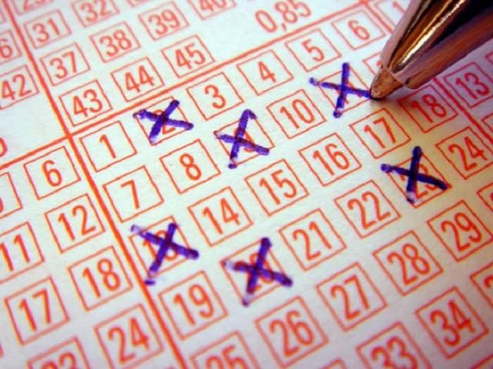 Numerele de loterie proaspăt extrase! Te afli printre câştigători?
