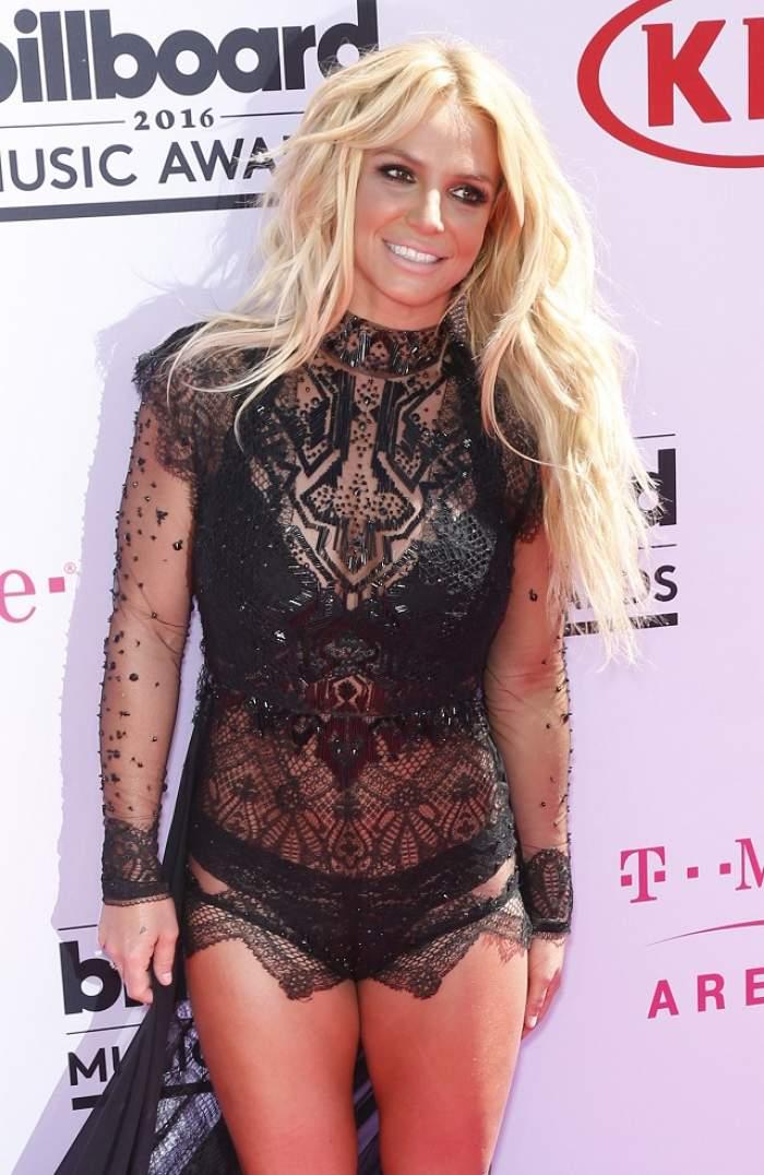 VIDEO / Britney Spears, show ca la 20 de ani pe scena de la Billboard Music Awards! Artista a dansat şi şi-a etalat trupul scăpat de sub tirania kilogramelor în plus şi a celulitei