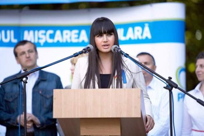 VIDEO / Adevărul despre operațiile Elenei Băsescu! Medicul estetician a spus câte intervenții și-a făcut EBA