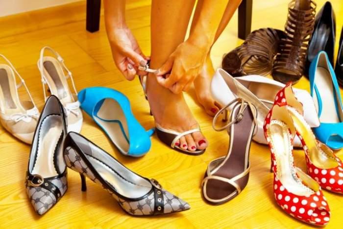 ÎNTREBAREA ZILEI - MARȚI: Cum îți lărgești pantofii fără să îi rupi? Ai nevoie de două ingrediente și vei dansa cu ei până dimineață