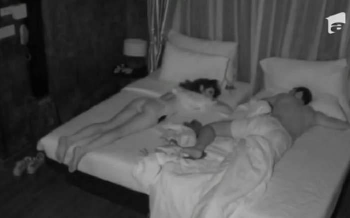 """VIDEO / I-a promis că nu o va înşela, dar a călcat strâmb?! Robi de la """"Insula Iubirii"""",  surprins în pat cu o altă femeie! Cum a reacţionat partenera lui"""