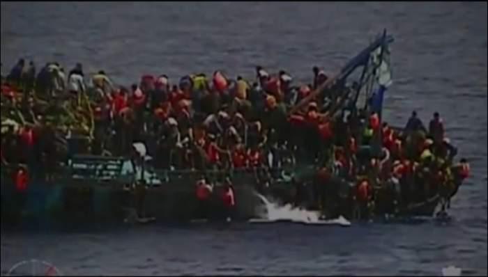 VIDEO / Au apucat-o durerile facerii pe barca de salvare. Ce s-a întâmplat cu refugiata