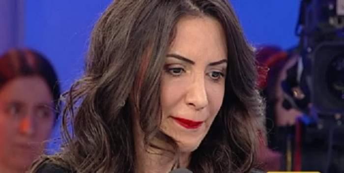 """VIDEO / Drama copiilor care şi-au pierdut mama a copleşit-o! Mara Bănică, în lacrimi, la """"Acces Direct"""""""
