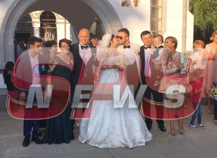 VIDEO / Claudia Pătrăşcanu, lacrimi de bucurie în biserică. Primele declaraţii după căsătoria religioasă