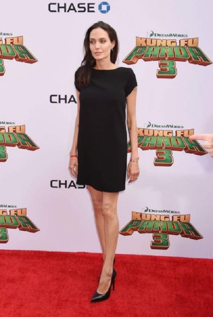 Aşa a ajuns Angelina Jolie piele şi os! Dieta şoc a vedetei te ajută să pierzi aproape 10 kilograme într-un timp record