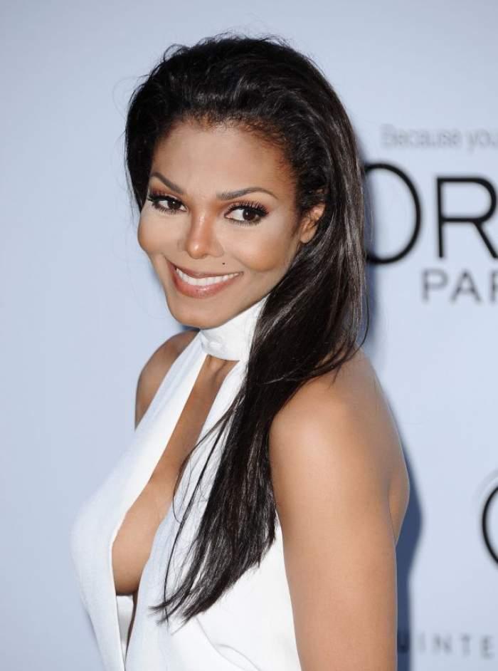 Surpriză de proporții! Janet Jackson este însărcinată, la 50 de ani. Cine este tatăl bebelușului