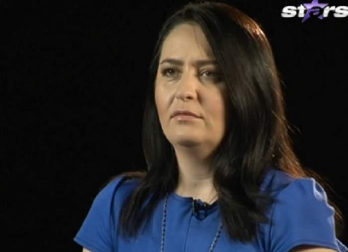 """VIDEO / Amalia Năstase, fosta soţie a tenismenului Ilie Năstase, forţată să îmbrace rochia de mireasă! """"Nu vreau să fac bal"""""""