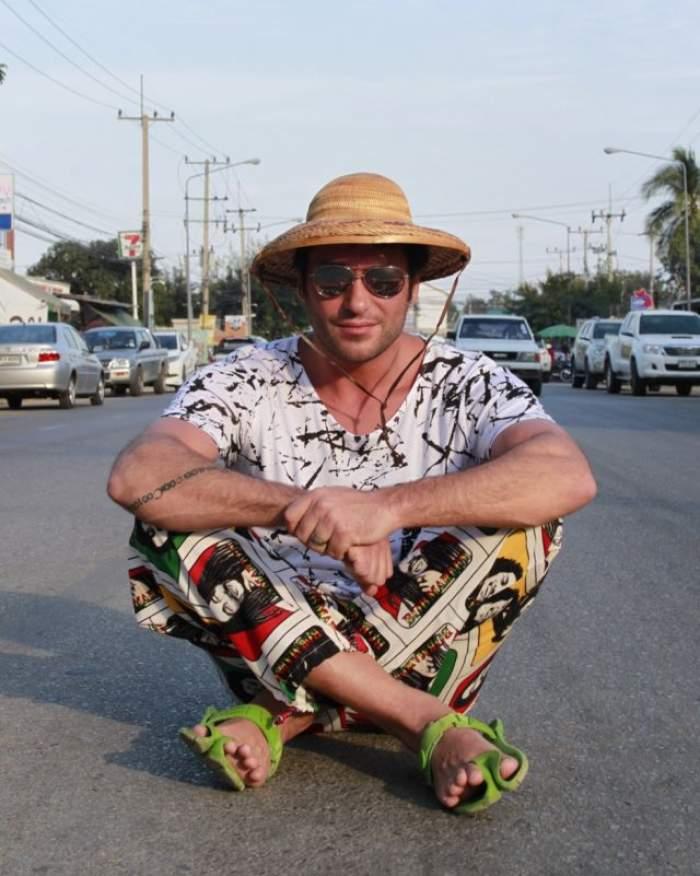 """Credeai că Radu Vâlcan a stat la cumpărături în Thailanda cât a filmat pentru """"Insula iubirii""""? Cu ce a venit, de fapt, la soția sa acasă"""