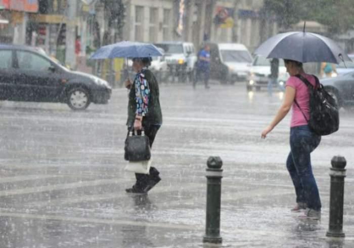 Vremea capricioasă ne dă bătăi de cap! Metrologii au emis Cod Galben de ploi, vijelii şi grindină