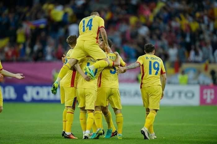 """În sfârşit, suntem buni la ceva! """"Tricolorii"""", introduşi de UEFA într-un top care te va lăsa mască"""