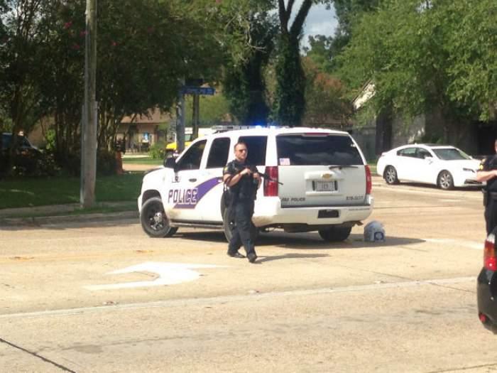 VIDEO & FOTO / TEROARE! Atac armat asupra polițiștilor în statul Louisiana! 3 ofițeri și-au pierdut viaţa, iar alți 3 au fost răniți