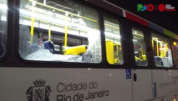 VIDEO / Infern la Jocurile Olimpice! Jurnaliştii au fost atacaţi cu focuri de armă!