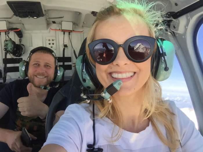 VIDEO / Imagini de senzaţie cu Simona Gherghe şi iubitul ei, în vacanţă. Prezentatoarea Tv radiază de fericire