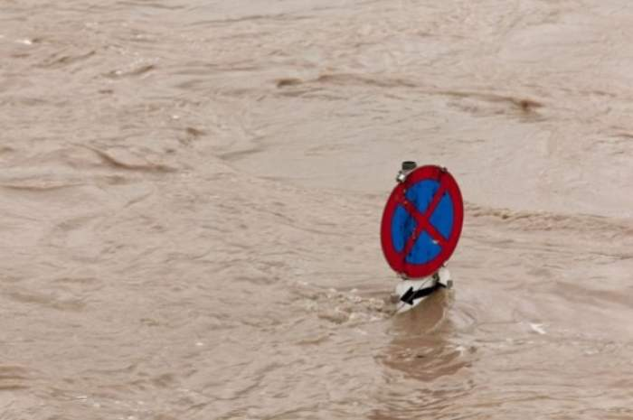 ULTIMĂ ORĂ! COD GALBEN de ploi și inundații în mai multe județe!