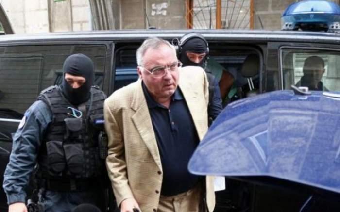 Viaţă grea în puşcărie pentru milionarul Dan Adamescu! Omul de afaceri e disperat