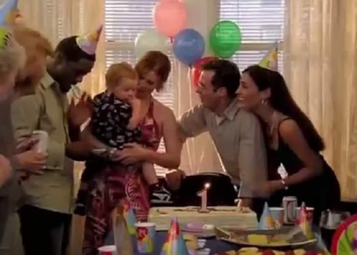 """VIDEO / Ți-l mai amintești pe Brady Hobbes din """"Sex and the City""""? Fiul Mirandei s-a făcut mare și e un adolescent """"special"""""""