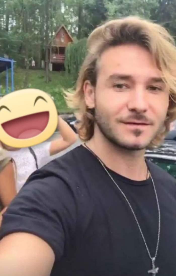 Christian D a vrut să își facă un selfie, dar ce a surprins în imagine a stârnit hohote de râs