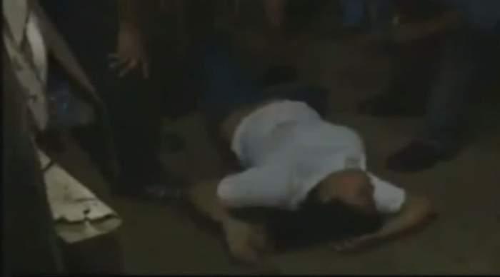 """VIDEO / Imagini tulburătoare din timpul unei slujbe de exorcizare. O femeie era """"gazda"""" demonilor"""