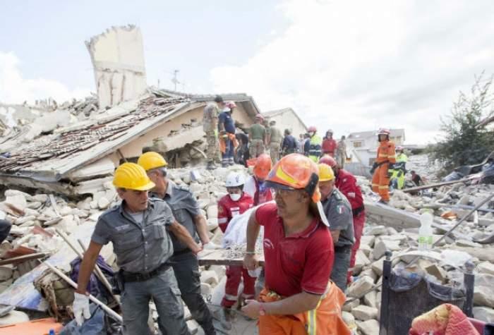 Bilanțul cutremurului din Italia crește de la oră la oră! Încă doi români, victime ale tragediei