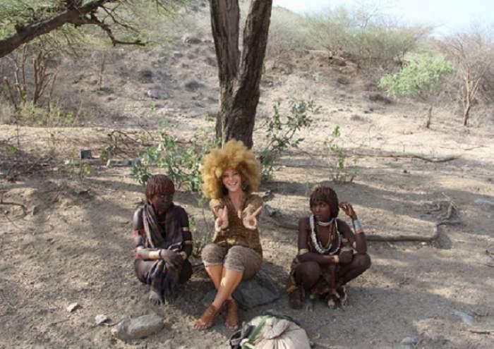 FOTO / Ieri - afro, azi - brunetă și tunsă bob! Delia Matache și-a uimit prietenii cu o nouă schimbare de look
