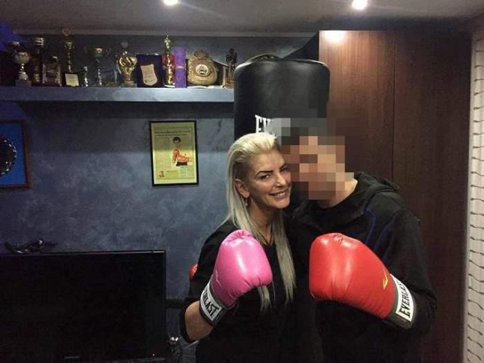 Era o fiară în ring, dar s-a transformat într-un mielușel! Imagini pline de tandrețe cu un campion mondial la box și soția lui