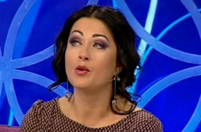 """""""Pică"""" machiajul, apar surprizele. Gabriela Cristea, pusă sub lupă de fani. Asta nu se vede la TV!"""