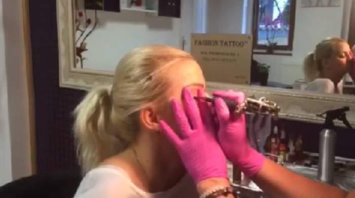 VIDEO / A suportat chinuri groaznice în numele frumuseţii. Mariana Roşca şi-a tatuat ochii. Tu nu o să suporţi nici zgomotul
