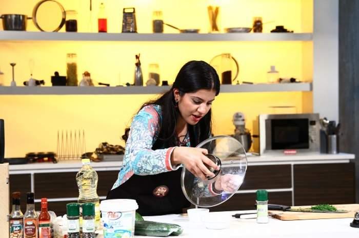 """VIDEO / """"Romana pentru io este foarte greo""""! Mehrana este iranianca ce i-a cucerit pe cei trei chefi cu arome orientale!"""