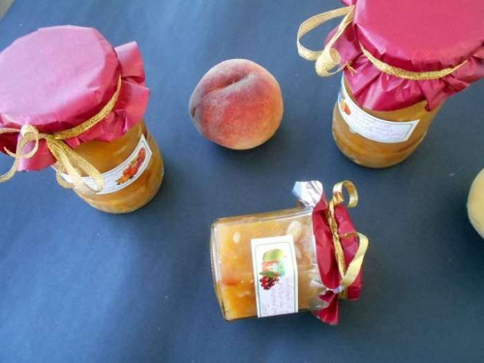 REŢETA ZILEI: Vineri - Dulceaţă de pepene galben, piersici şi caju!