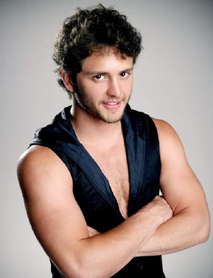 Ţi-l mai aduci aminte pe Diego, personajul din Rebelde care a frânt inimile tuturor fanelor? Uite cum arată acum, de când a ieşit din peisajul monden