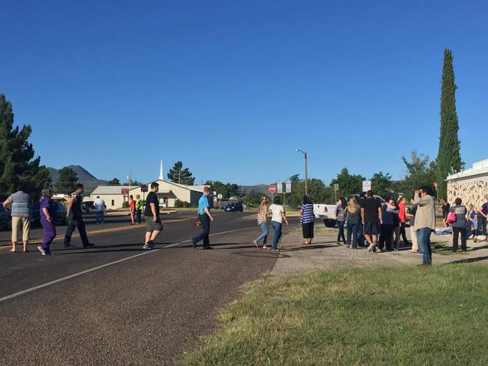 Clipe de teroare într-un liceu din Texas, după ce a fost deschis focul! Poliţiştii au sosit de urgenţă la faţa locului