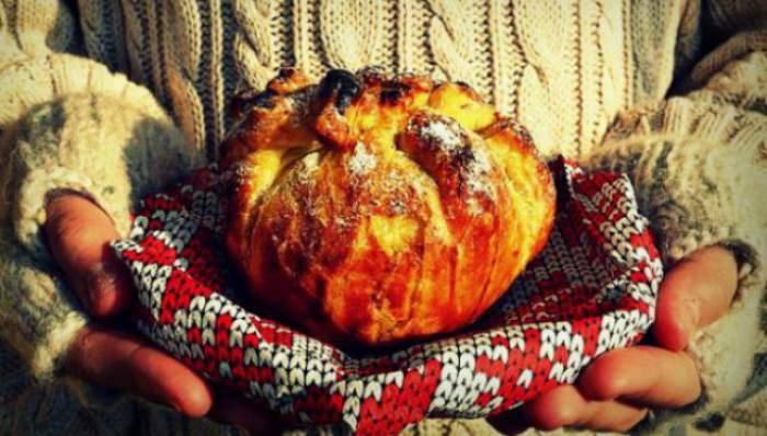 REŢETA ZILEI - MARŢI: Mere în foietaj! Perfecte pentru o zi geroasă de iarnă